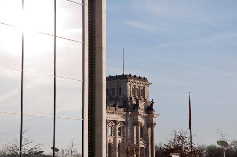 Reichstagsgebäude hinter Paul-Löbe-Haus _DSC4130_Berlin_Paul_Loebe_Haus