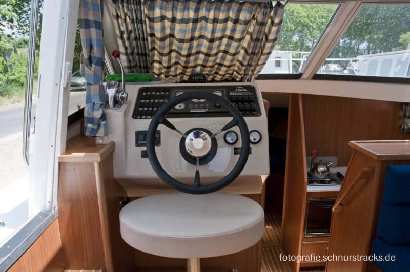 Venus 38 Hausboot #187