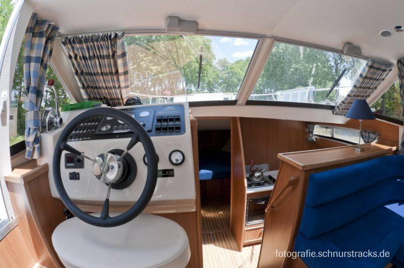 Venus 38 Hausboot #253