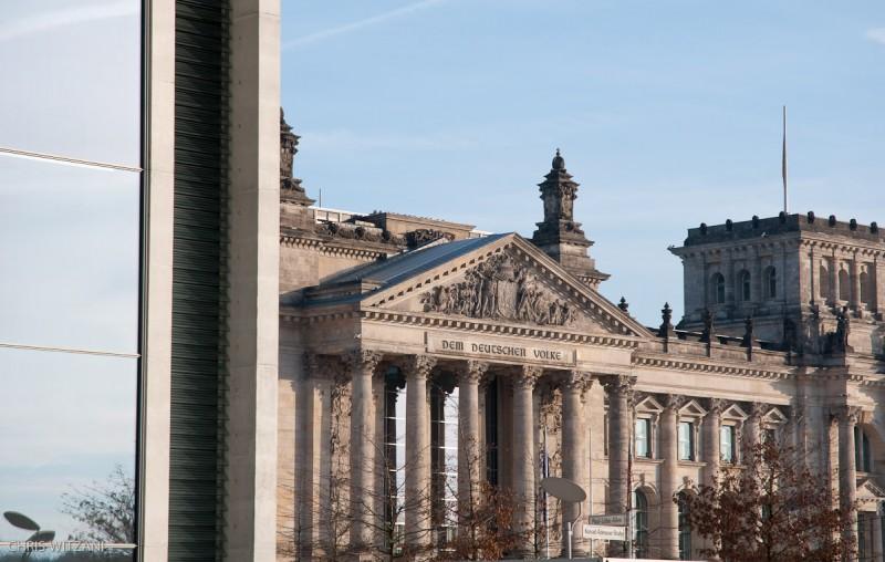 Reichstagsgebäude hinter Paul-Löbe-Haus _DSC4131_Berlin_Reichstagsgebaeude