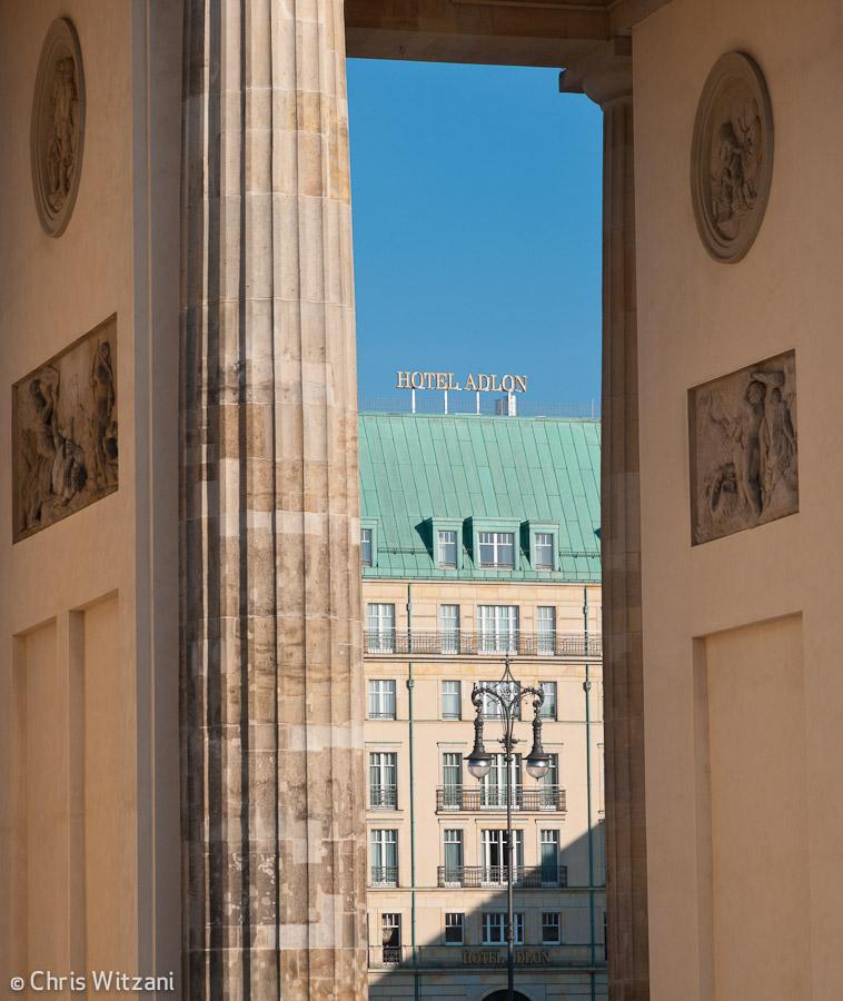 Hotel Adlon hinter dem Brandenburger Tor Regierungsviertel