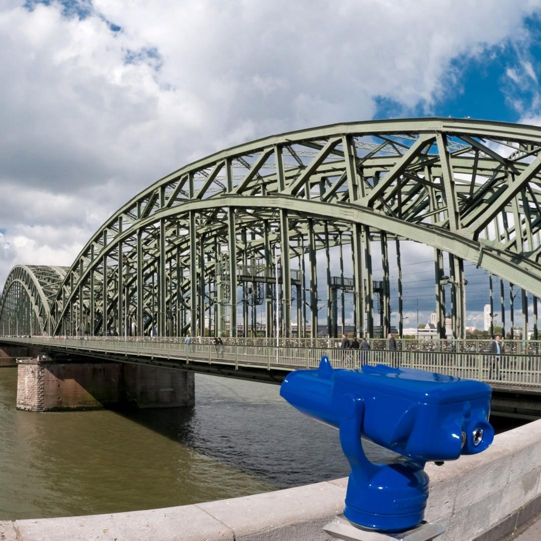 Fernrohr Hohenzollernbrücke