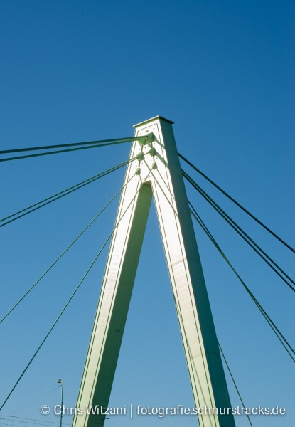 Severinsbrücke Pylon #669