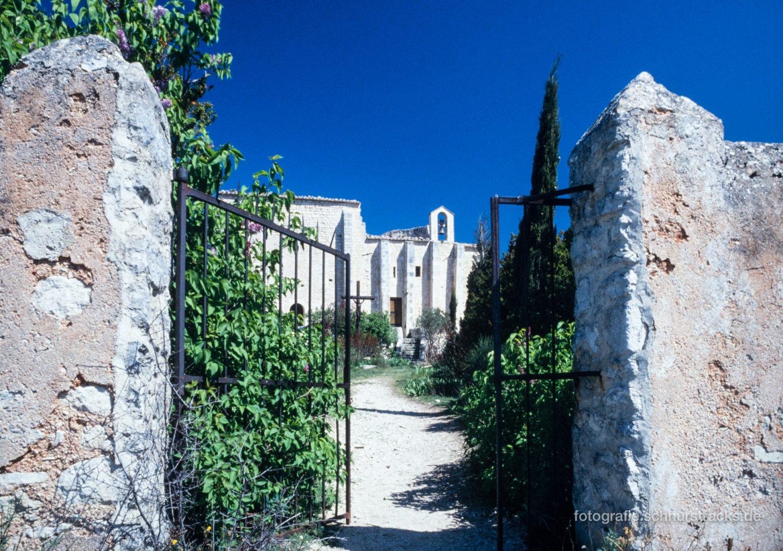 Provence - Saint-Saturnin-lès-Apt #0752