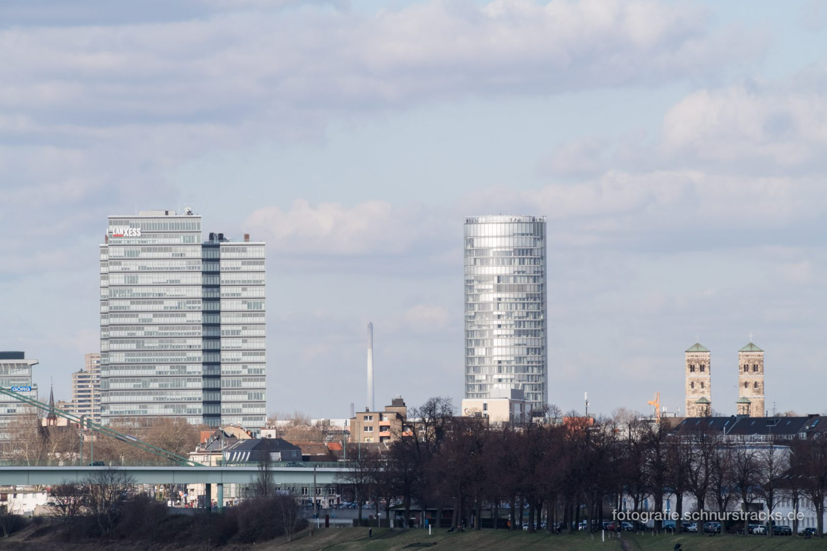 Lanxess Tower, Kölntriangle und St. Heribert #1040