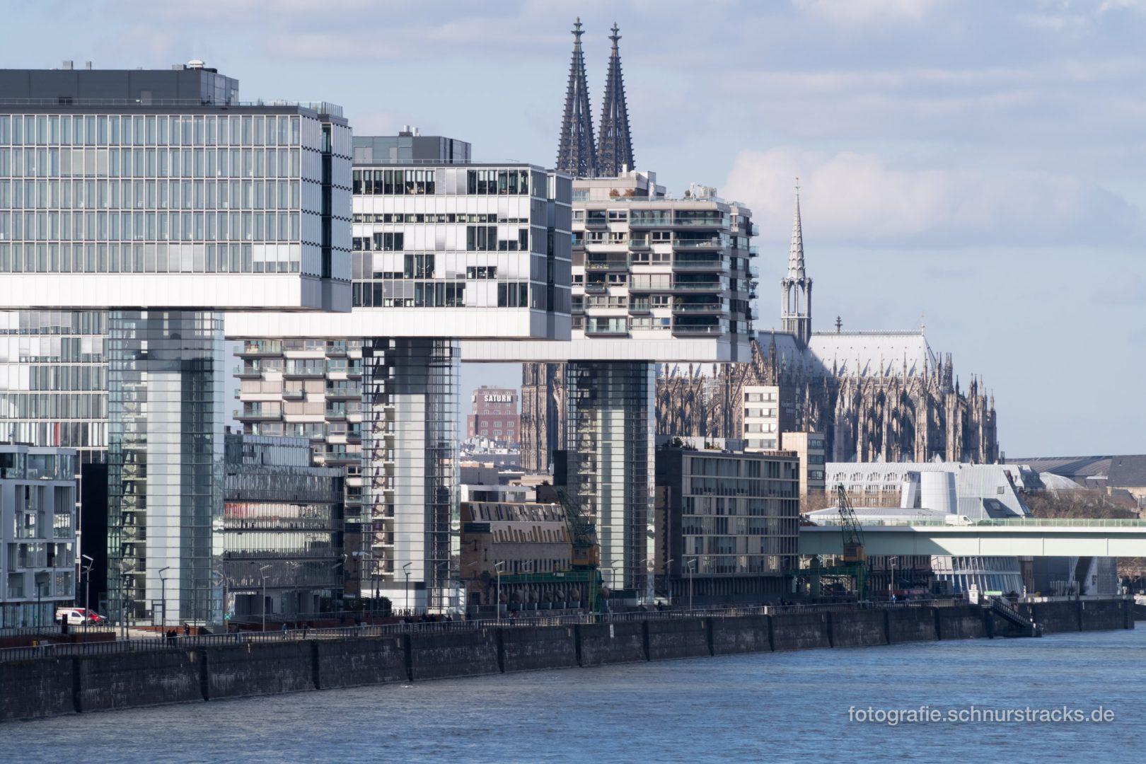Kranhäuser am Rhein #0999