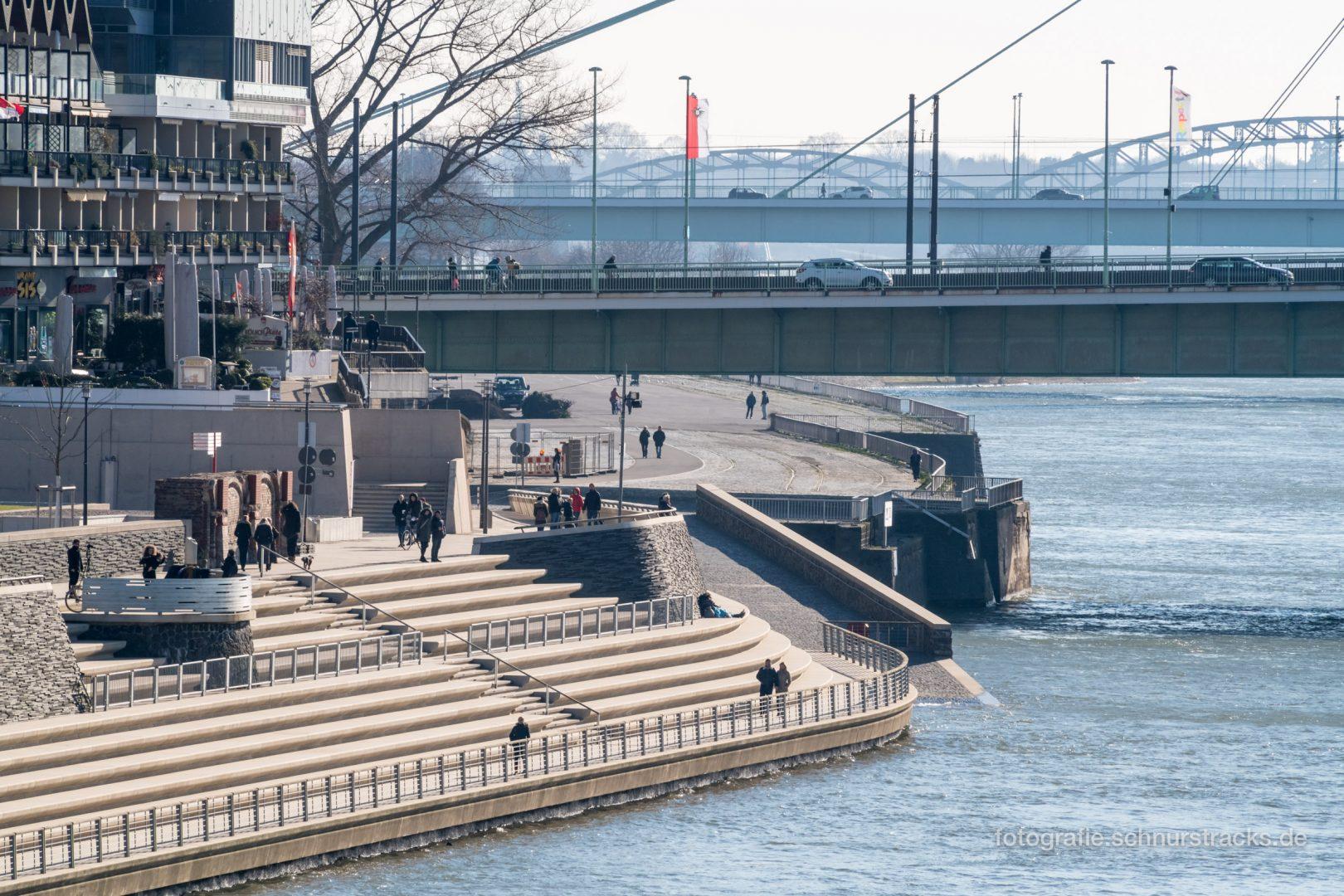 Rheinboulevard in Köln #1189