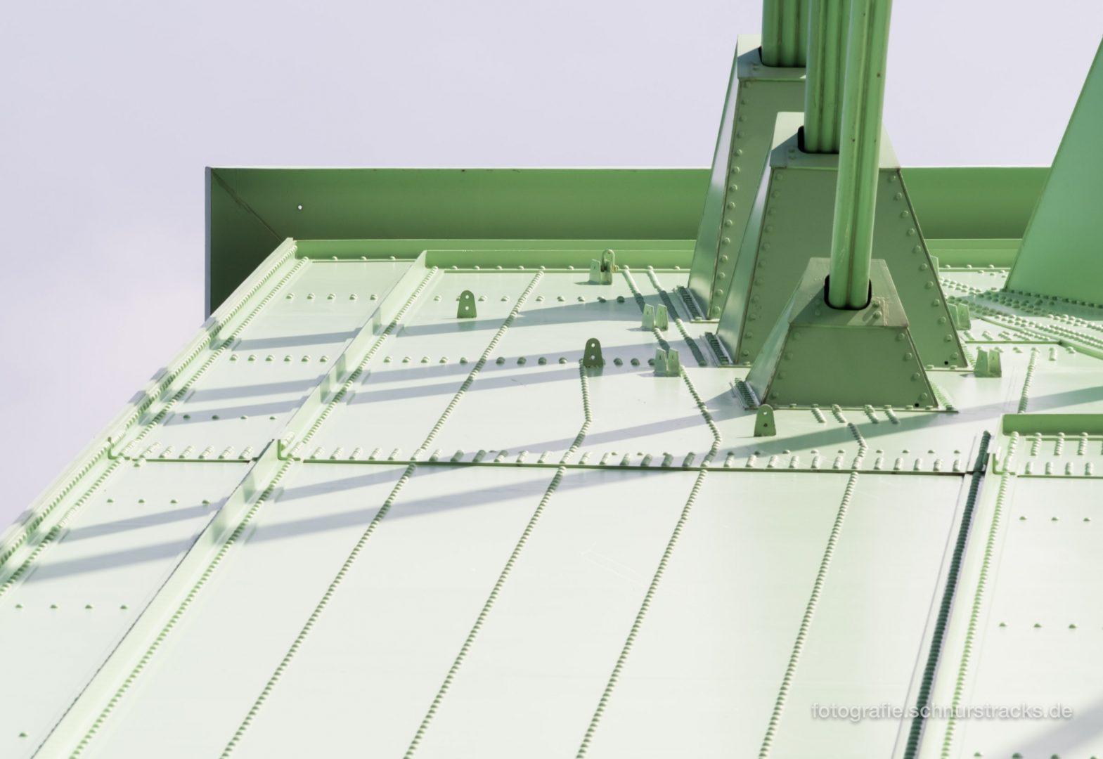 Pylonspitze der Severinsbrücke #1117