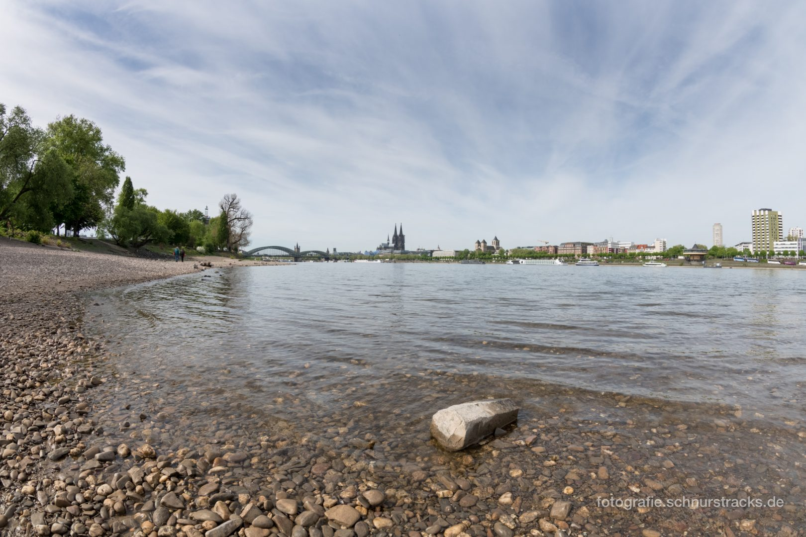 Rheinufer #1495