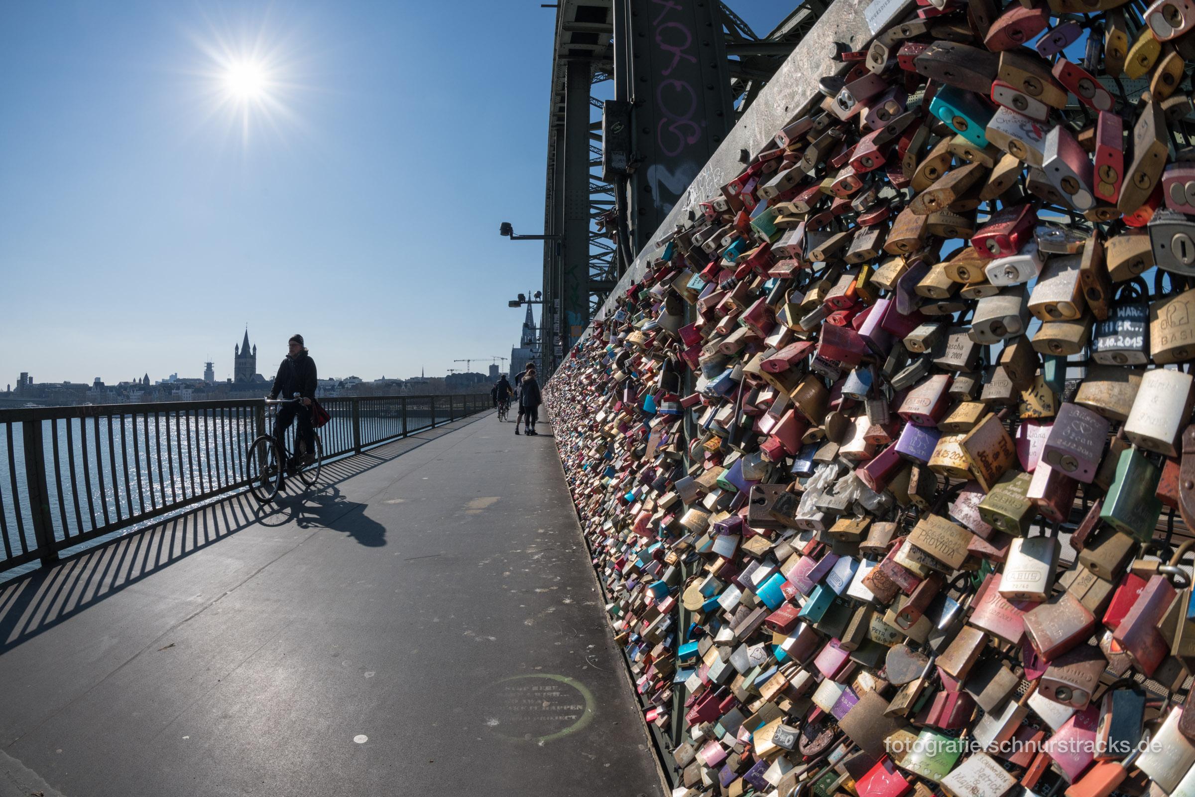 Liebesschlösser Hohenzollernbrücke Köln