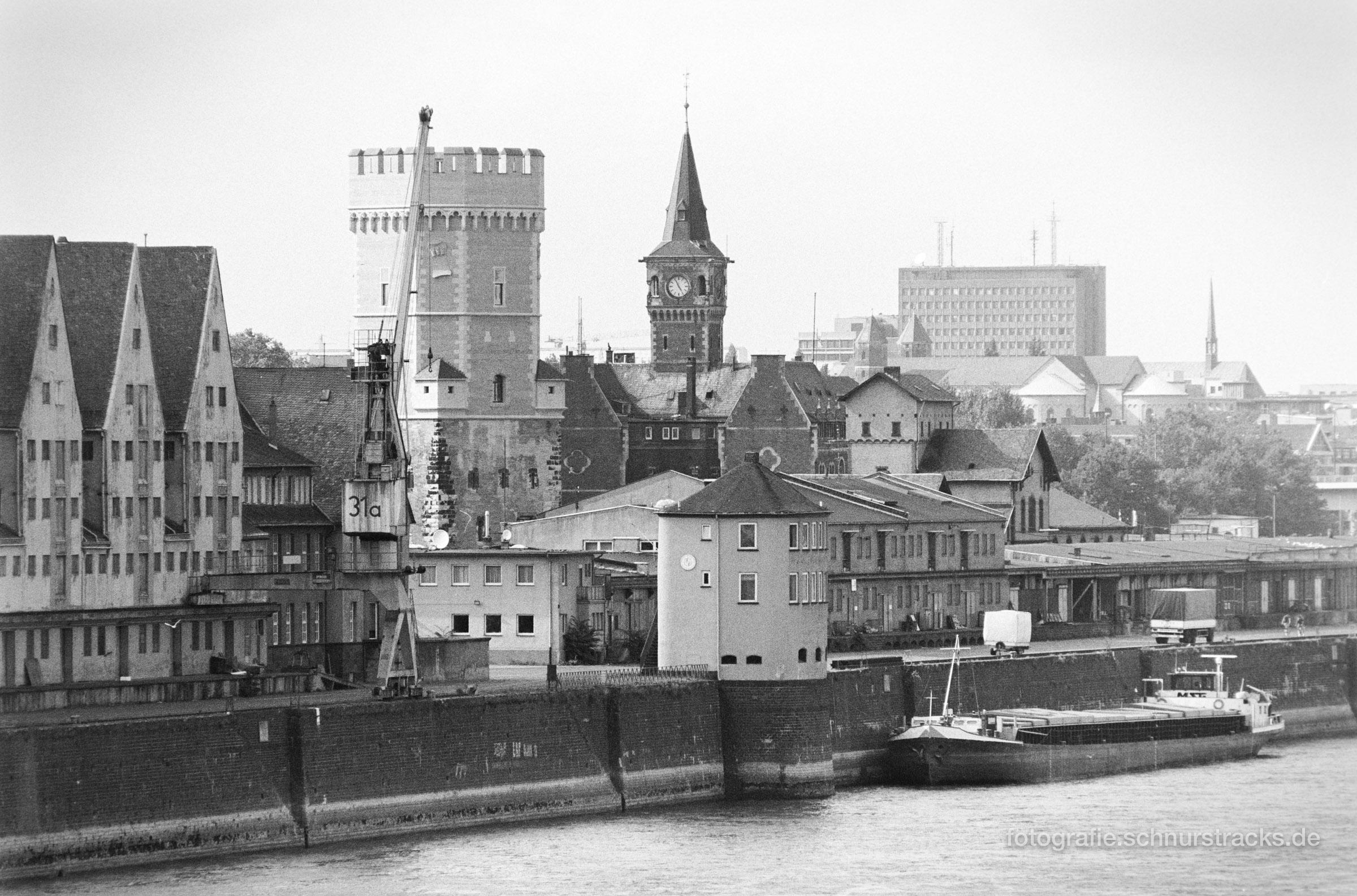 Bayenturm und Rheinauhafen 1994