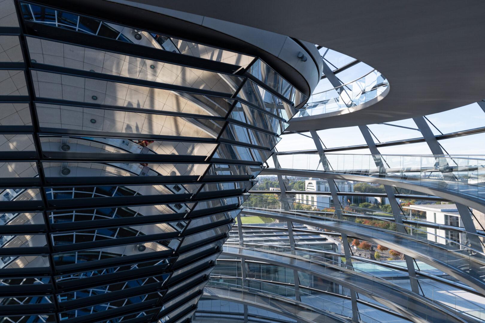 Reichstagskuppel Lichtumlenkelement